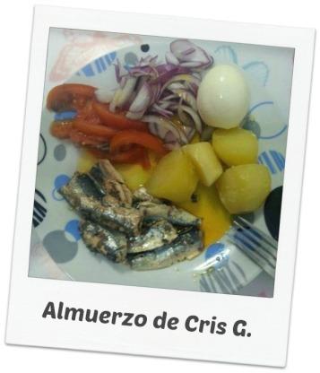 patatas, sardinas, tomates,cebolla, y huevo